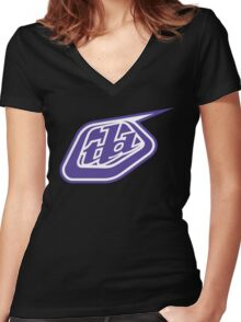 tld Women's Fitted V-Neck T-Shirt
