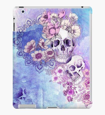 maiden in the mirror 2 iPad Case/Skin