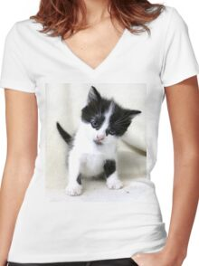 I Only Need a Little Home Women's Fitted V-Neck T-Shirt