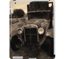 Old Chevrolet Truck I Toned iPad Case/Skin