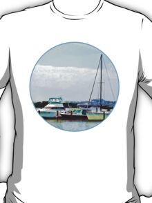 Boats on the Potomac Near Founders Park T-Shirt