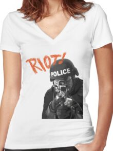 Riot Women's Fitted V-Neck T-Shirt