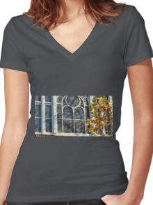 PRINCESS THEATRE MELBOURNE Women's Fitted V-Neck T-Shirt