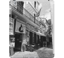 Walking in Lloret de Mar iPad Case/Skin