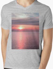 Norfolk summer sunset Mens V-Neck T-Shirt