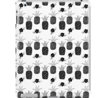 Pineapples - Black and White iPad Case/Skin