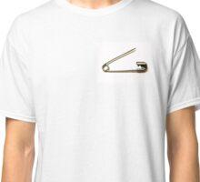 Safety Pin: Brexit Anti Racism Classic T-Shirt