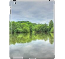 Cloudy Reflection HDR iPad Case/Skin