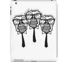team party freunde kopf gesicht nerd geek hornbrille pickel spange freak schlau untoter monster halloween horror comic cartoon zombie  iPad Case/Skin