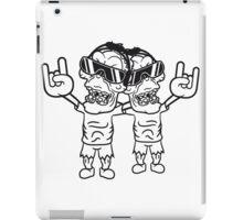 team 2 freunde rocker hard rock heavy metal musik party feiern band konzert festival sonnenbrille untoter böse monster horror halloween zombie  iPad Case/Skin