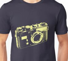 CLASSIC CAMERA-LARGE Unisex T-Shirt