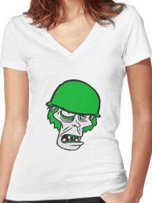 soldat helm militär army krieg zombie laufen gehen hässlich comic cartoon lustig horror halloween  Women's Fitted V-Neck T-Shirt