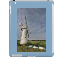 Thurne Dyke Mill and Boats iPad Case/Skin