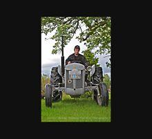 Tractor massey ferguson 1955. For you Leif Emil Bäckman. Unisex T-Shirt