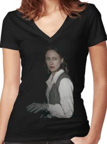 Lorraine Warren - The Conjuring Women's Fitted V-Neck T-Shirt