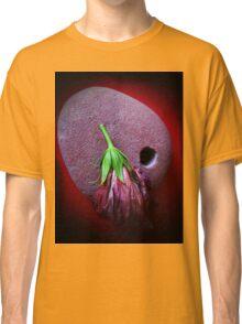 stone red hibiscus  Classic T-Shirt