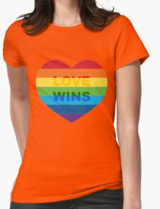 Gay pride heart / LGBT Womens Fitted T-Shirt