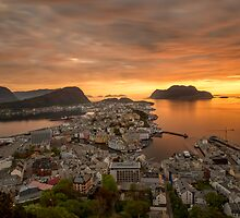 Ålesund, Norway by Cameron B