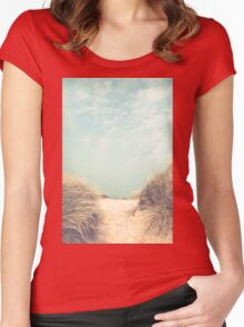 The way to the beach Women's Fitted Scoop T-Shirt