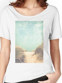 The way to the beach Women's Relaxed Fit T-Shirt