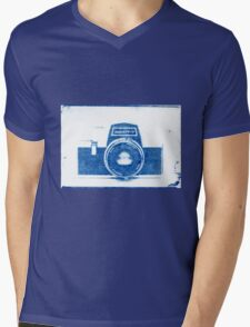 Cynotype Camera Mens V-Neck T-Shirt