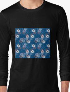 Swirls and flowers Long Sleeve T-Shirt