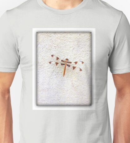 Dragonfly on Wall | Nature | Unisex T-Shirt