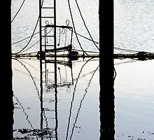 Reflections below the Jetty by mikebov