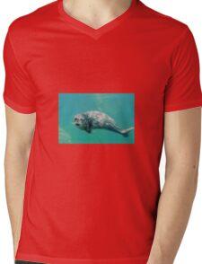 bby seal Mens V-Neck T-Shirt