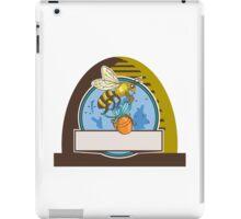 Bee Carrying Honey Pot Skep Circle Drawing iPad Case/Skin