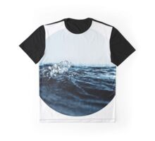 Wave 10 Graphic T-Shirt