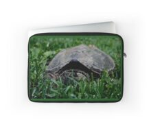 Contentious Common Snapping Turtle Laptop Sleeve