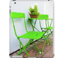 Bright green Cafe Table and Chairs iPad Case/Skin