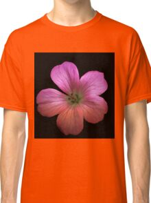Single Pink flower in HDR Classic T-Shirt