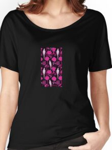 ART DECO BLACK PINK FUCHSIA FLOWERS,WHITE PARROTS Women's Relaxed Fit T-Shirt