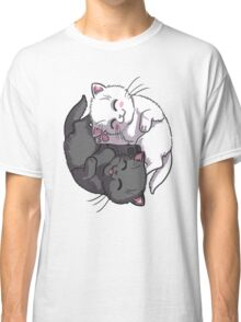 Kitten Kitty Yin Yang black and white sleeping circle Classic T-Shirt