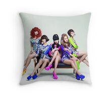 4Minute Kpop Hyuna Gayoon Jiyoon SoHyun Jihyun Crazy HATE Throw Pillow