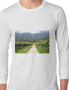Country road through the vineyards Long Sleeve T-Shirt