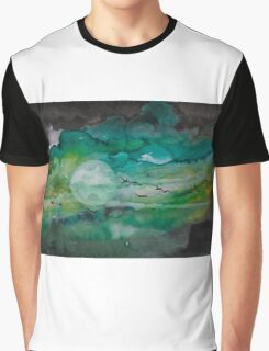 Birds in green sky  Graphic T-Shirt