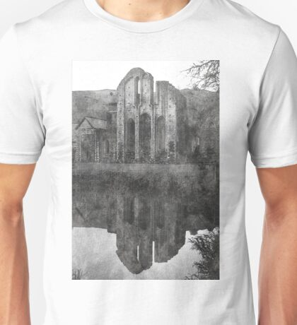 Valle Crucis Abbey B&W Unisex T-Shirt