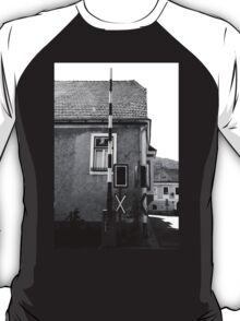 The crossing T-Shirt