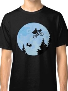E.T. The Extraterrestrial Falling Classic T-Shirt