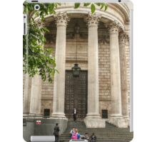 Leaving St Paul's Cathedral iPad Case/Skin