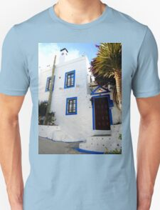 beautiful white house Unisex T-Shirt