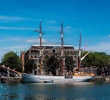 Tall Ship Kaskelot by Lynn Bolt