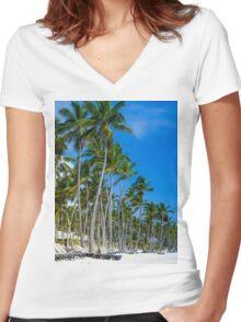 Caribbean dream Women's Fitted V-Neck T-Shirt