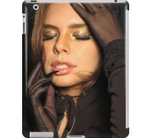 Super Bella iPad Case/Skin