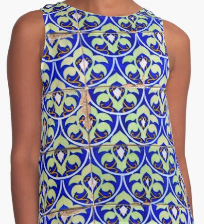 Portuguese aulejos. Art Nouveau green and gold on blue Contrast Tank