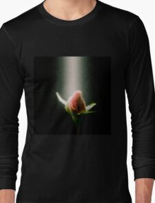 Digitally manipulated red Rose bud Long Sleeve T-Shirt