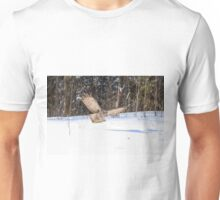 A Great Grey Owl in flight Unisex T-Shirt
